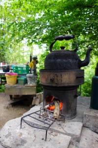 Rocket stove kettle