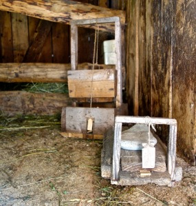 Vintage mouse traps that still work