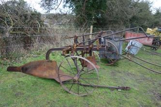 Digger plough